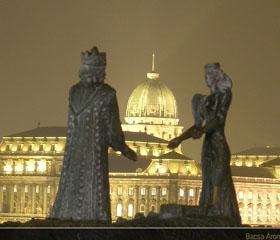 Vuelos Budapest: Monumento a Buda y Pest.